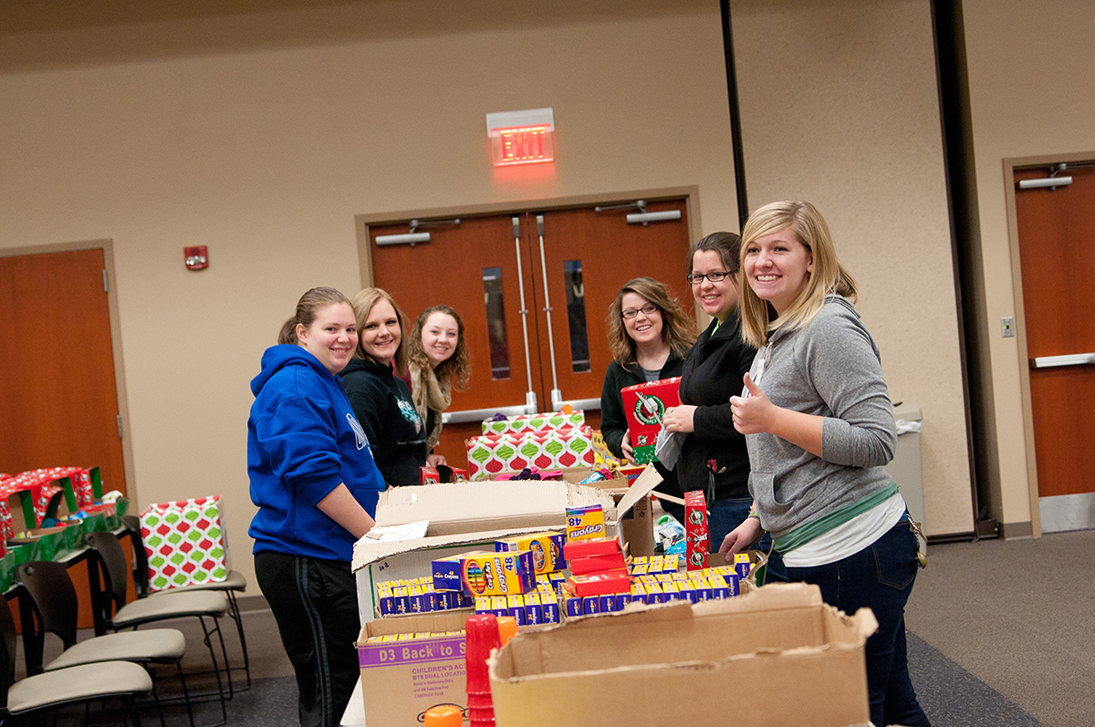 OCU Small Group Ministry Packs Shoeboxes for Children image