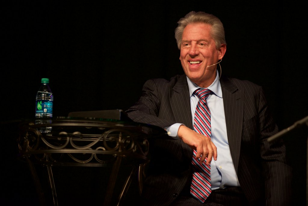 10th Annual Leadership Forum with Dr. John Maxwell a Huge Success