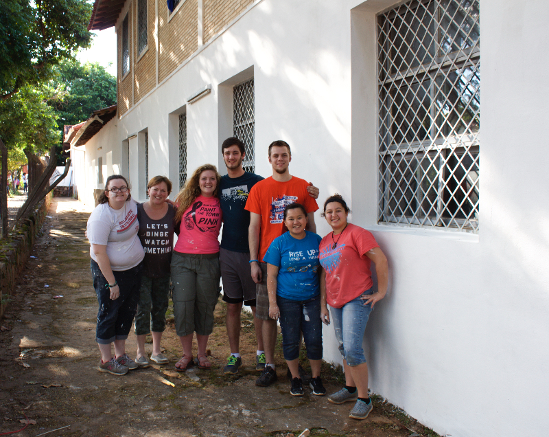 Students serve in Paraguay with WGM  image