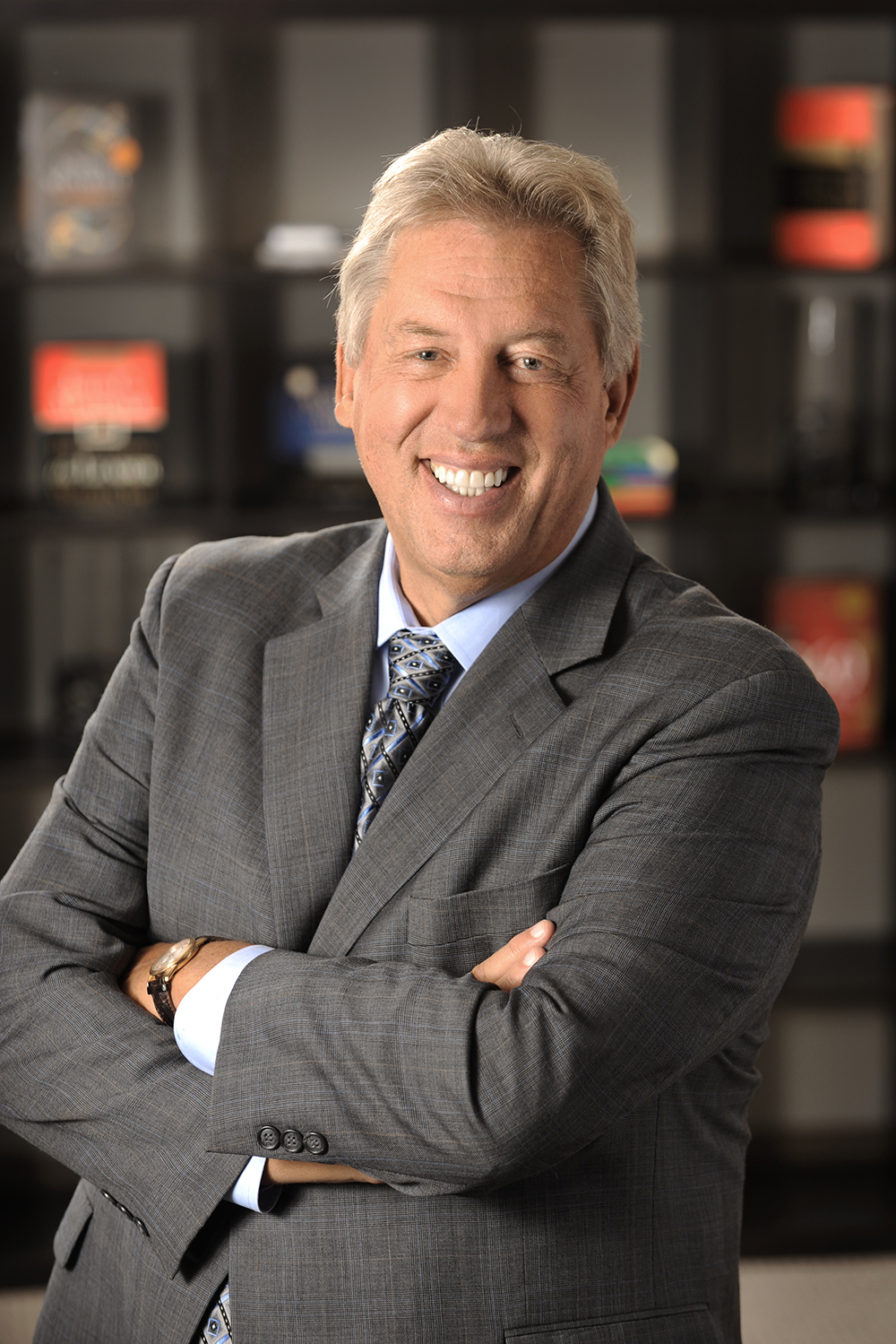 A Leader's Legacy - by Dr. John Maxwell  image