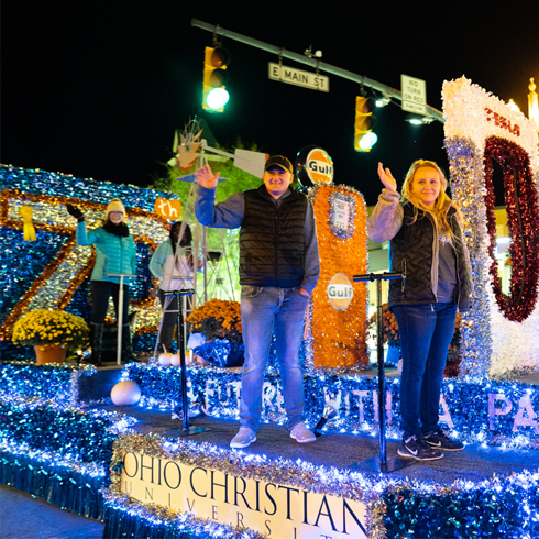 Ohio Christian University Celebrates Circleville's 115th Pumpkin Show  image
