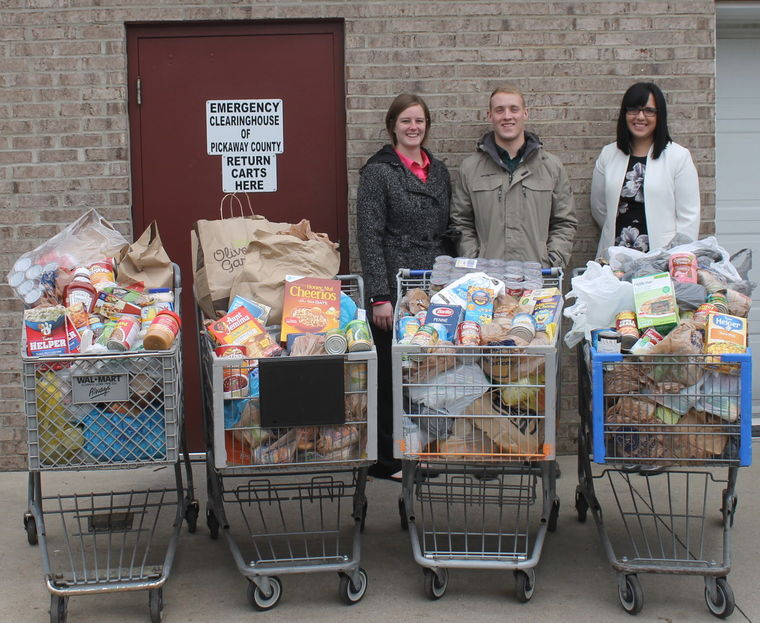 OCU Donates 1,000 Pounds of Collected Food from Festival of Carols