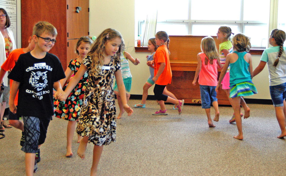 Student enjoy music class at Kids on Campus at OCU. Photo credit: Jennifer Bahney, Circleville Herald